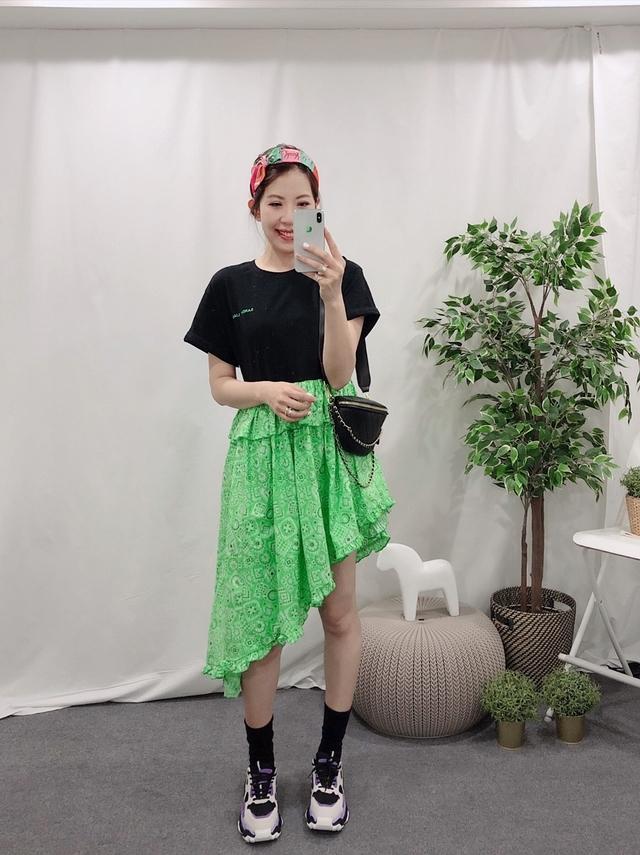 914079 率性拼接不規則裙襬洋 - 白