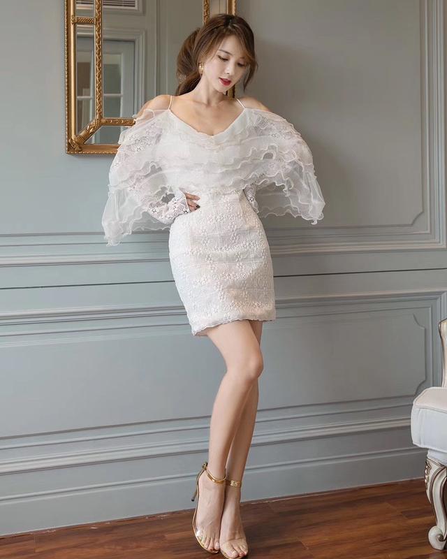 918041 露肩波浪蕾絲洋裝