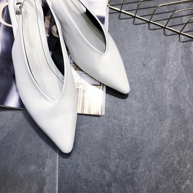 914128 珍珠面低跟鞋 - 四色