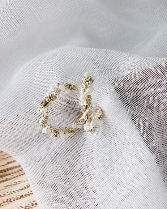 916167 編織金屬珍珠耳環