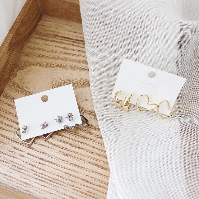 916145 愛心環狀兩件組耳環 -銀色