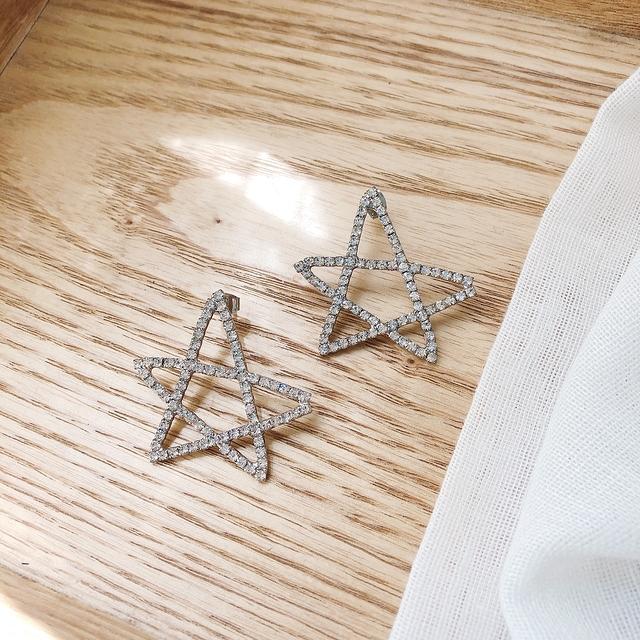 916153 幸運星細鑽耳環