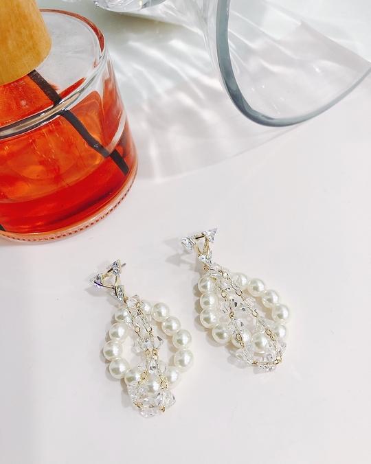 914152 珍珠透明水晶耳環