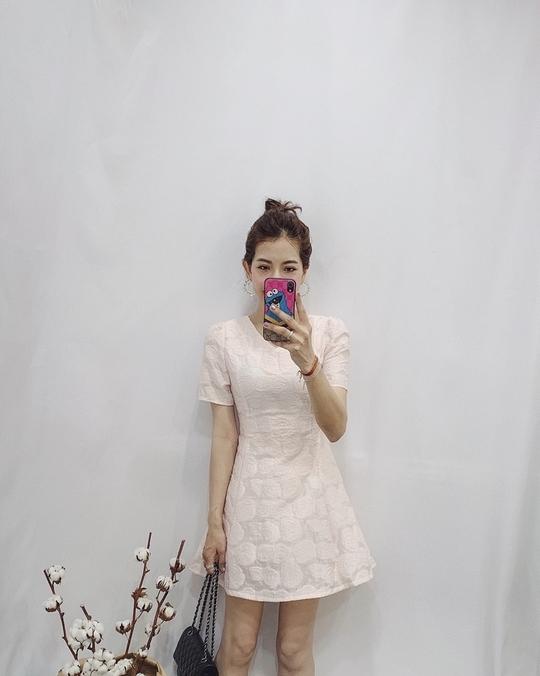 713064 絕美玫瑰壓紋洋裝 - 藍m