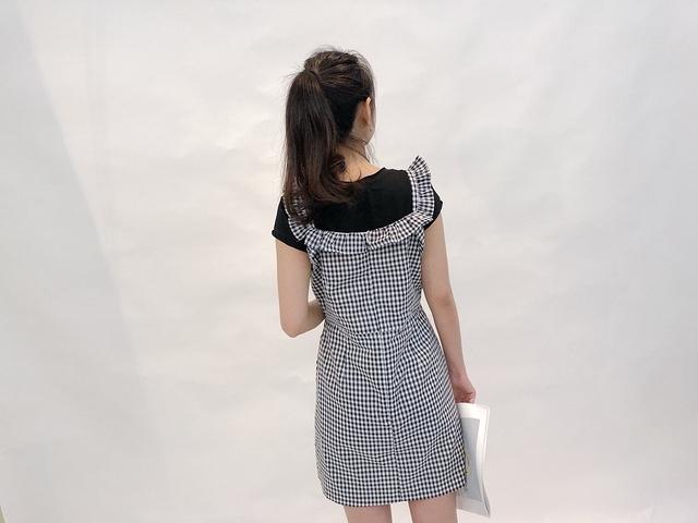 815049 荷葉滾邊肩帶格紋樣裝 -黑白