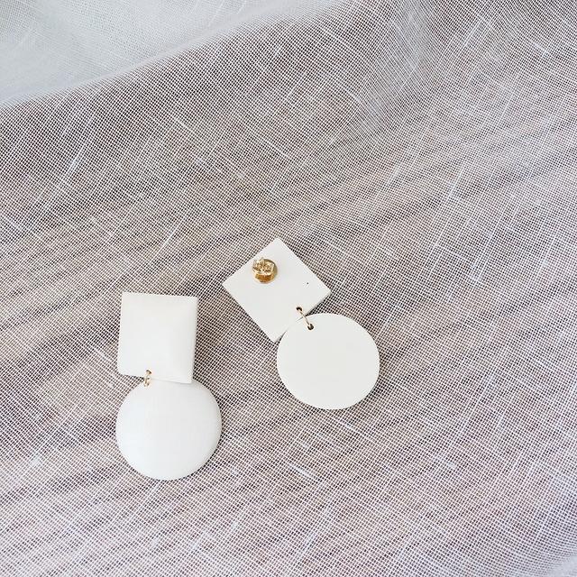 916154 文青純白木質耳環