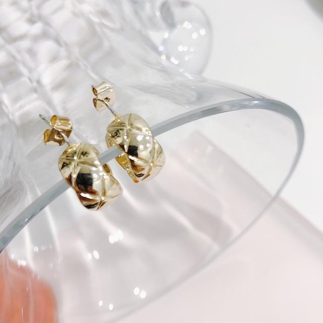 914158 菱格紋環形耳環 - 兩色