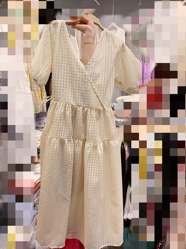 916082 透視格紋V領綁帶洋(附背心) - 米黃