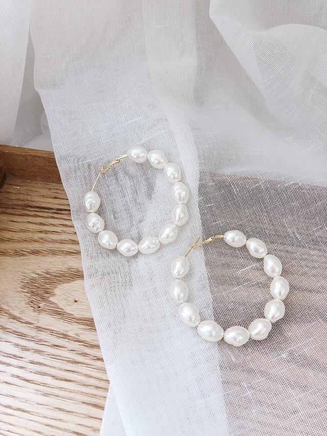 916155 浮誇珍珠環形耳環