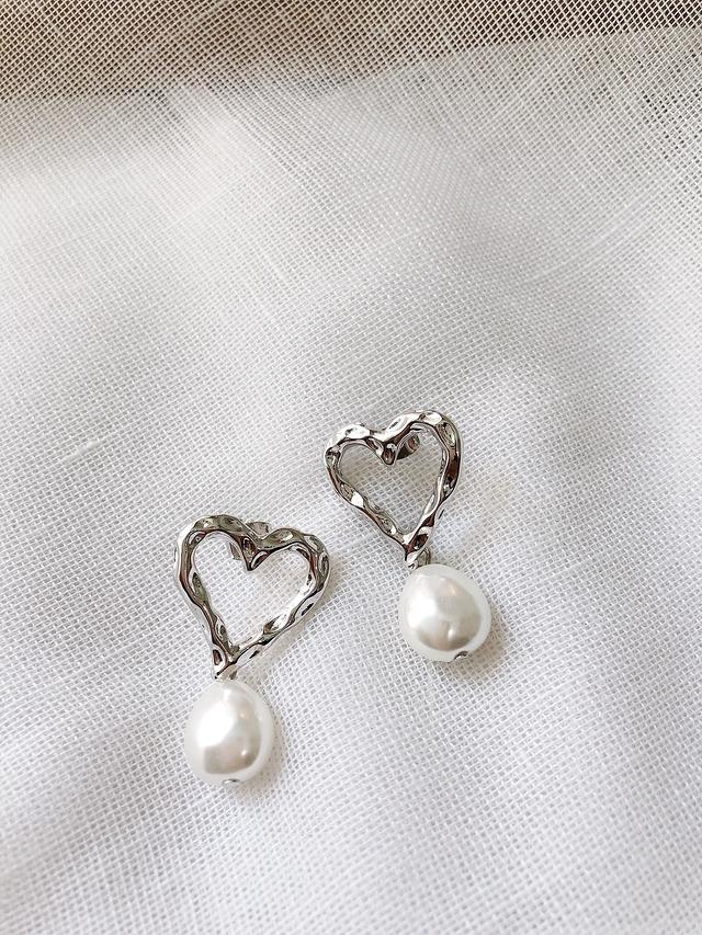 916146 愛心珍珠耳環