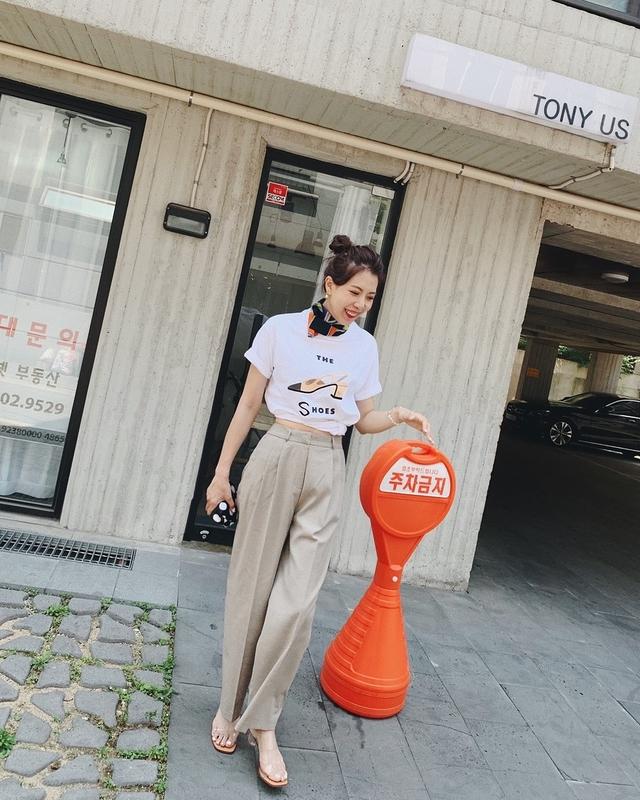 916046 小香跟鞋刺繡綿tee - 紫