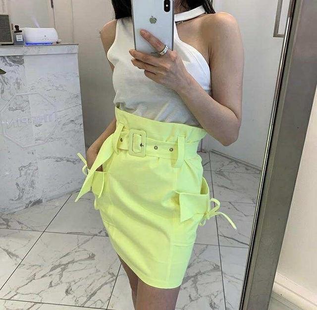 717024 時髦大口袋皮帶短裙 - 三色
