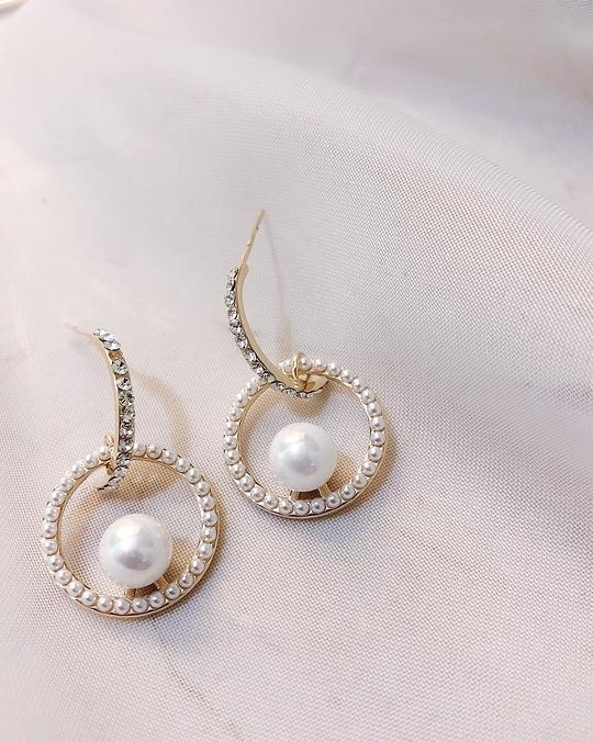 927205 碎鑽圓框珍珠耳環