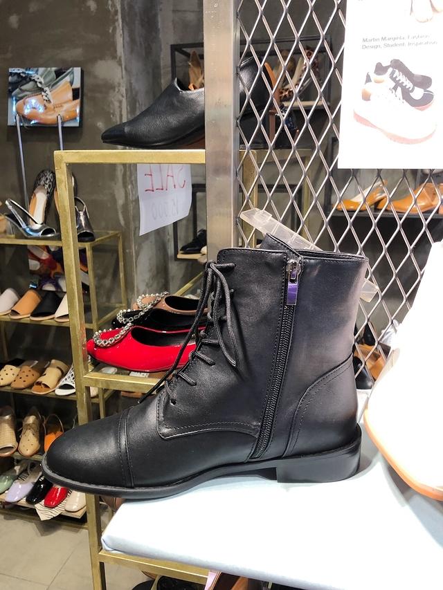 913097 真皮綁帶軍靴