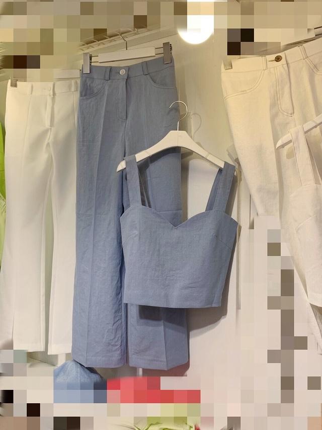 713065 簡單氣質套裝(上衣不分尺寸)-上衣前方小瑕疵