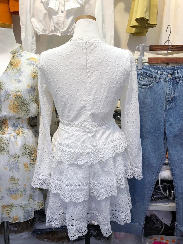 913046 女神感蕾絲雕花洋裝