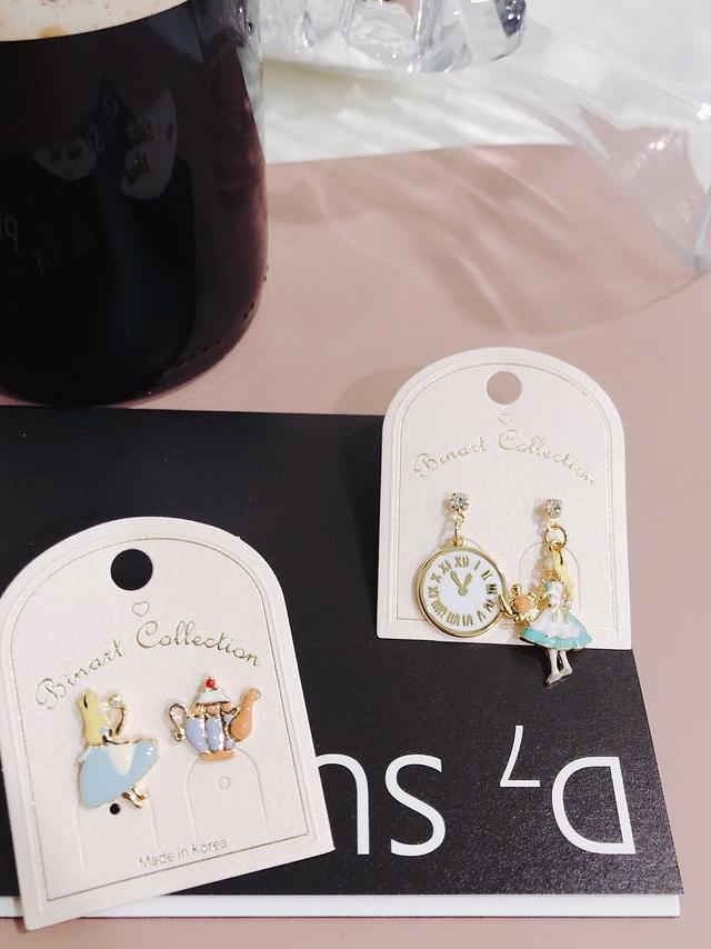 914174 愛麗絲時間耳環