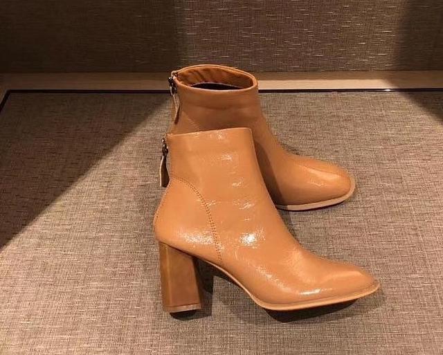918003 亮皮粗跟靴 - 三色