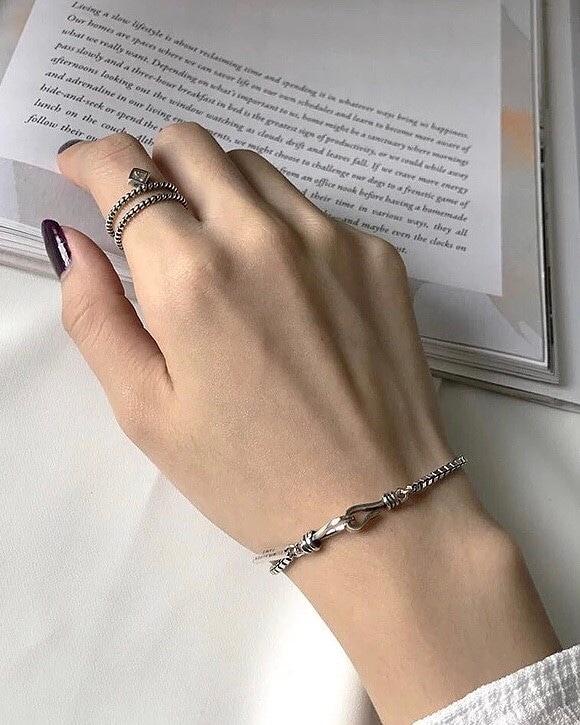 912023 個性純銀環扣手鍊